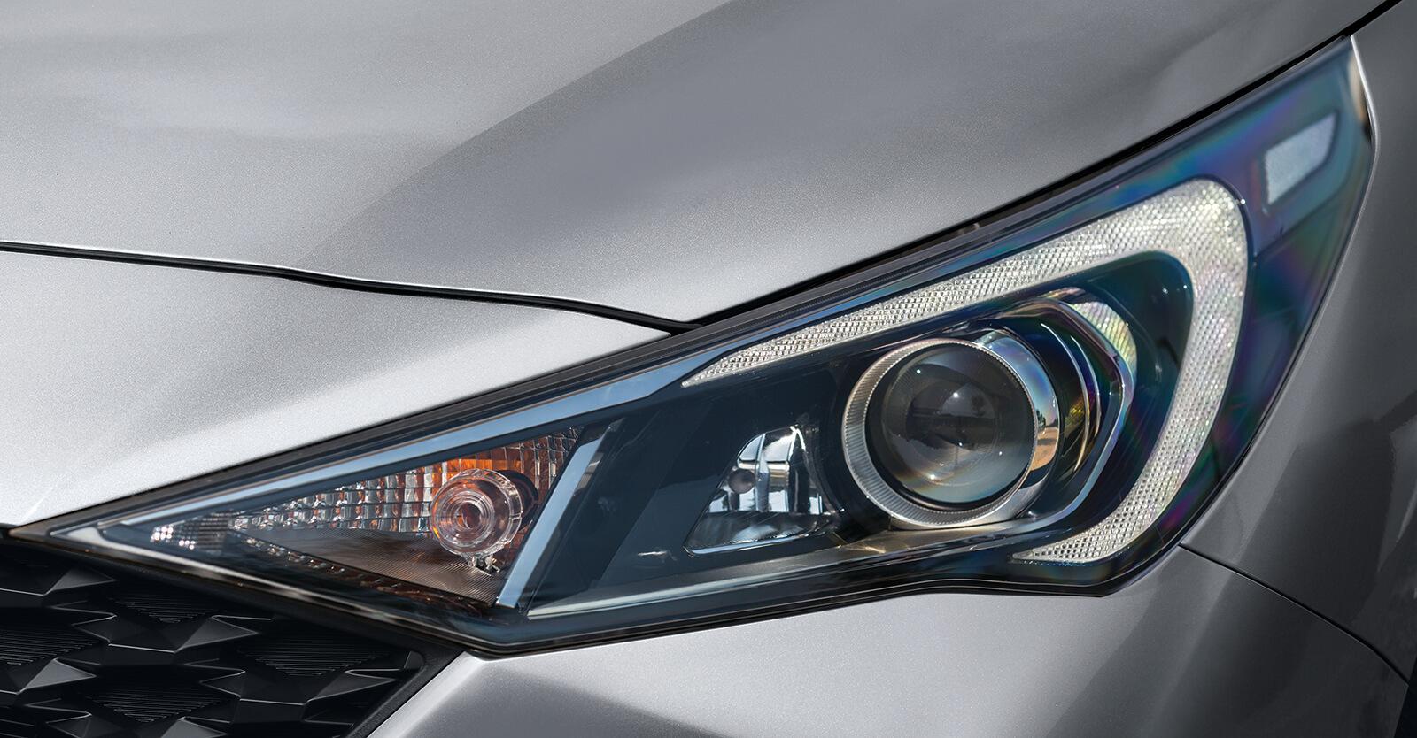 Đèn xe Hyundai Accent